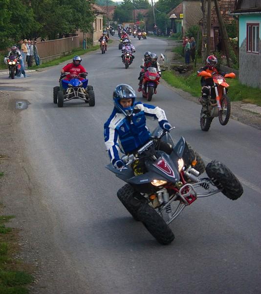 motorosok02ufo